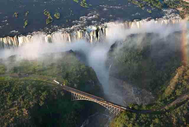 Bewusst reisen nach: Rundreise Namibia, Botswana & Victoriafälle